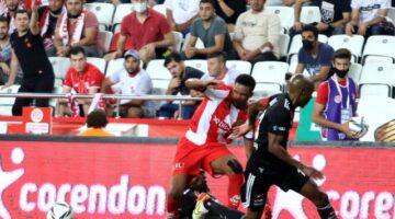 Süper Lig: FT Antalyaspor: 2 – Beşiktaş: 3 (Maç sonucu)